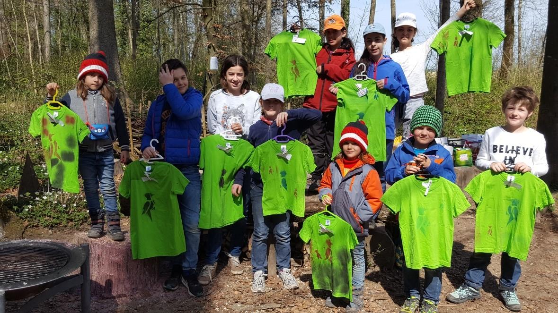Von Links: Carl, Andro, Zara, Norah, Meli, Jasmin, Paul, Raffaella, Janosch und Giuliana Foto von Evi Gwerde